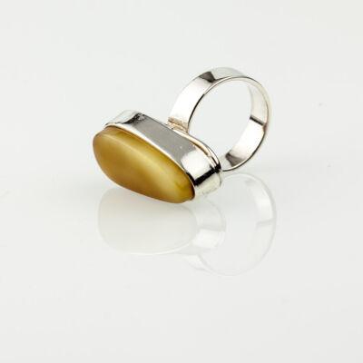 Karamell színű borostyán gyűrű