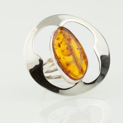 Ezüstbe foglalt konyak színű borostyán gyűrű