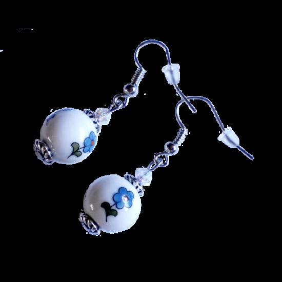 Fehér kalocsai gömb fülbevaló