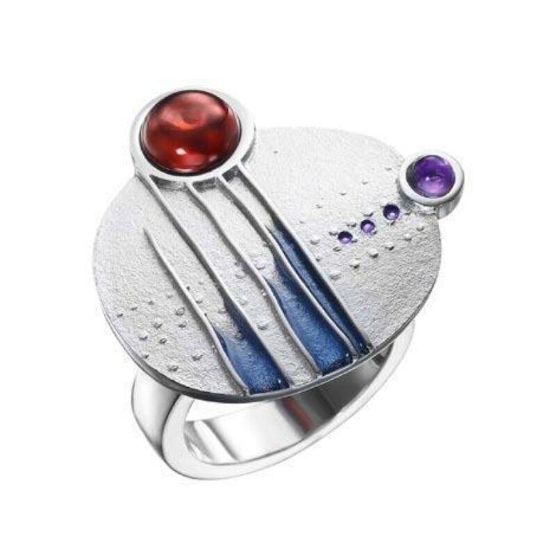 Encreuat ametiszttel és gránáttal, lila tűzzománccal díszített ezüst gyűrű